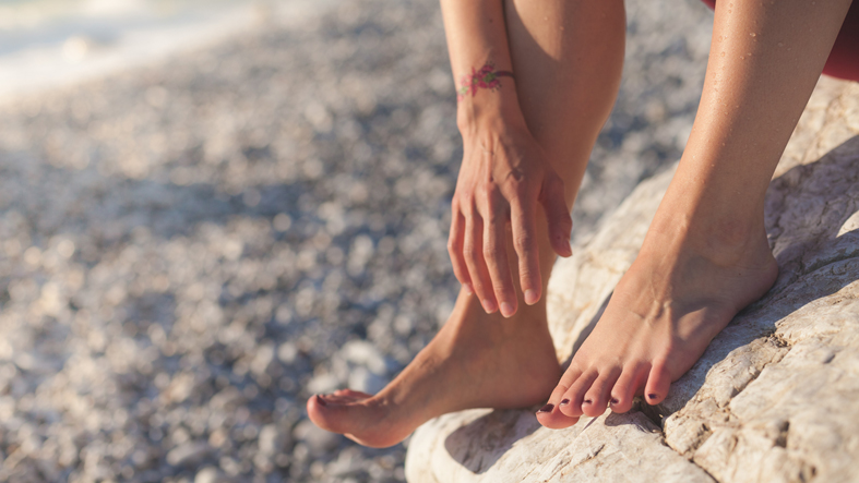 How does diabetes affect my feet?